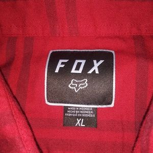 Fox plaid button-up collared t-shirt size XL